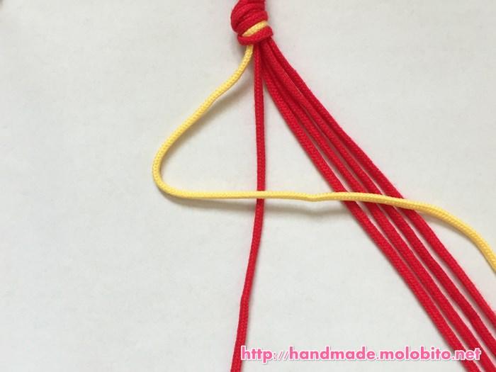横巻き結びの編み方手順3