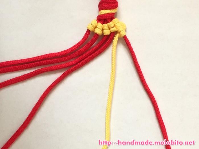 縦巻き結びの編み方手順24