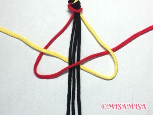 ねじり結び(ねじり編み)ミサンガの作り方手順4