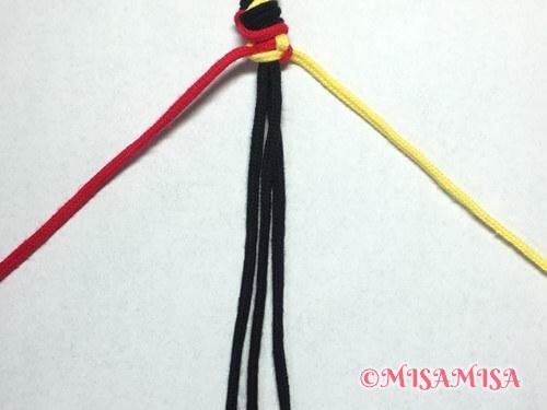 ねじり結び(ねじり編み)ミサンガの作り方手順8
