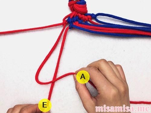 渦巻き模様ミサンガの作り方手順105
