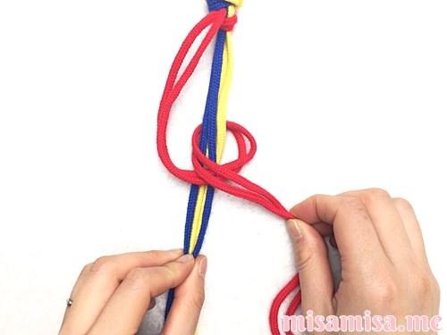 輪結びミサンガの作り方手順7