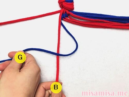 渦巻き模様ミサンガの作り方手順32