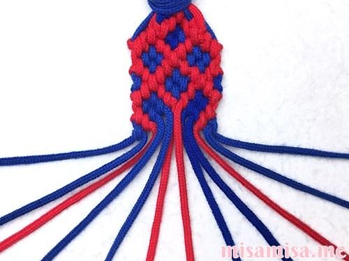 小さなひし形(ダイヤ)模様ミサンガの作り方手順234